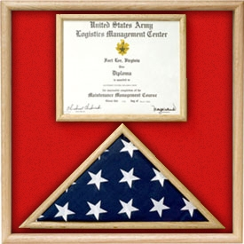 US Marine Corp flag and certificate / Certificate Display