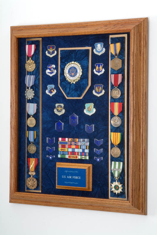 Air force awards display case for Air force awards and decoration