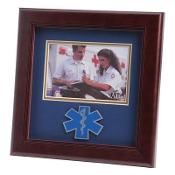 EMS Medallion Landscape Picture Frame 4 by 6